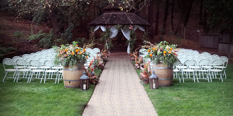 Tips to Plan your Wedding This Summer